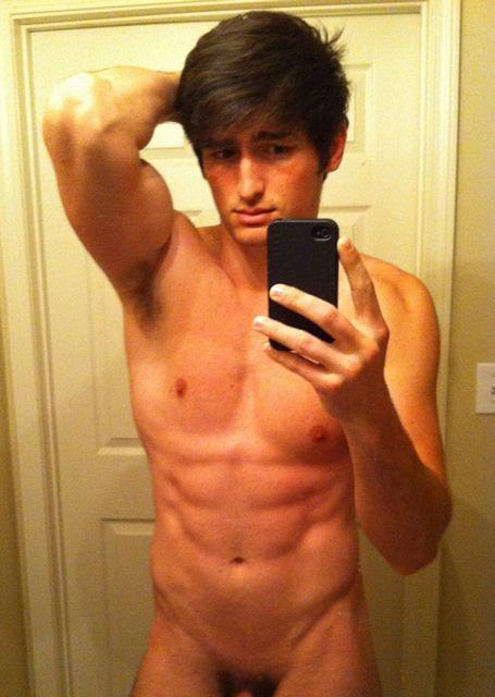 Hot Boys Self Pics – Cuties In The Mirror | Daily Dudes @ Dude Dump