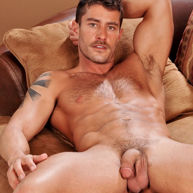 Cody Cummings just hanging out | Male-Erotika.com | Daily Dudes @ Dude Dump