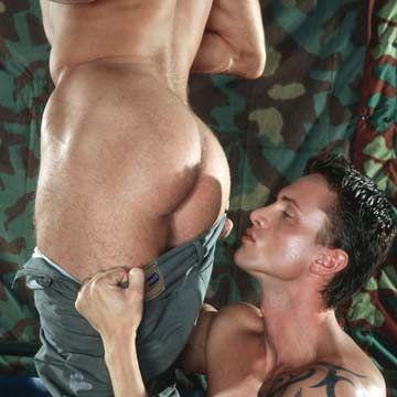 LucasKazan.com: Max Veneziano and Eric Flower | Daily Dudes @ Dude Dump
