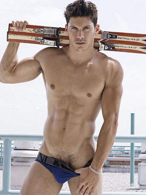 The Gorgeous Zeb Ringle | Daily Dudes @ Dude Dump