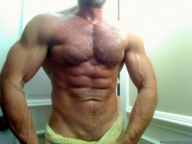 Muscled Cam Guy John At ICGuys | Daily Dudes @ Dude Dump