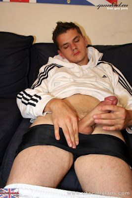 Horny Scally With A Thick Cock Fingers Himself | Daily Dudes @ Dude Dump