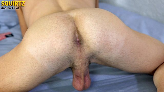Pucker Hole Needs Stuffing | Daily Dudes @ Dude Dump