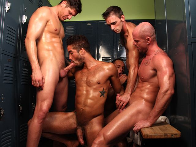 Locker Room Tryst | Daily Dudes @ Dude Dump