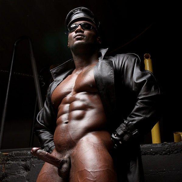 Leon Jackson Solo | Daily Dudes @ Dude Dump
