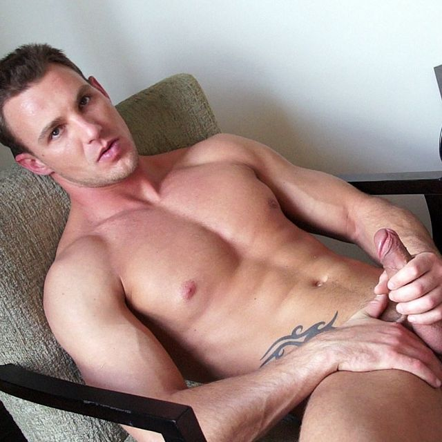 South African Stud's Solo   Daily Dudes @ Dude Dump