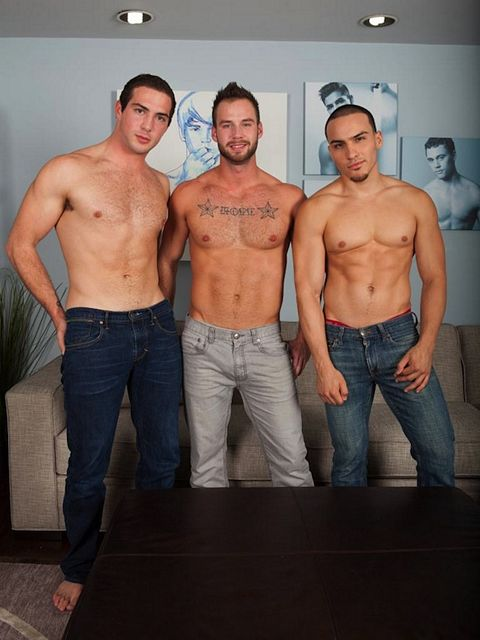 Time For A Jock Threesome! | Daily Dudes @ Dude Dump