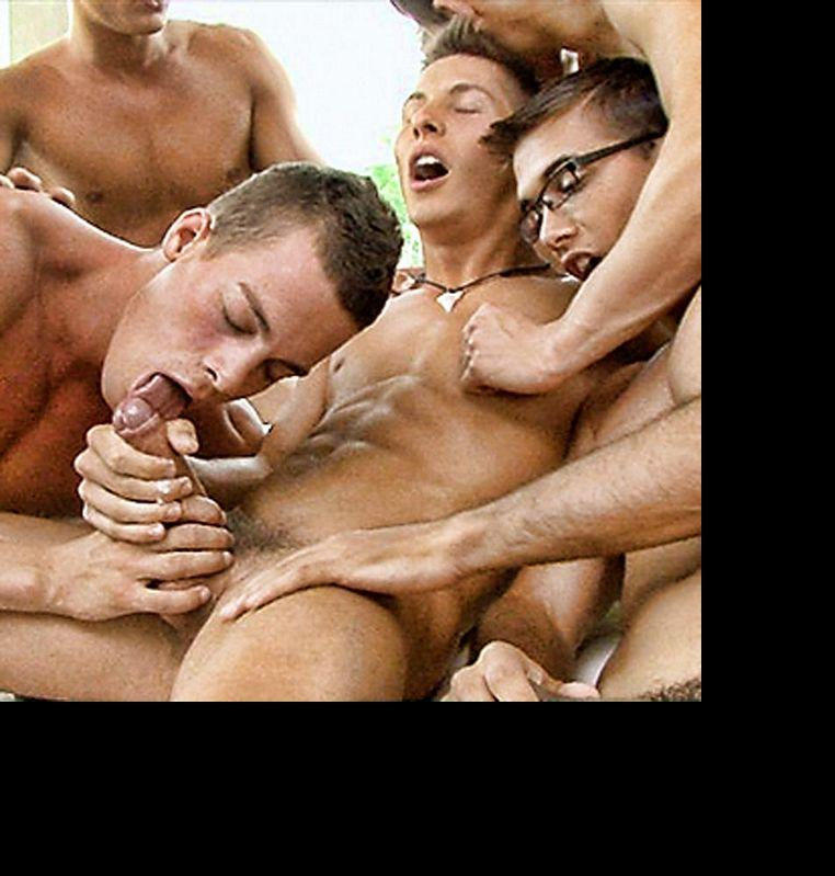 6 Hung Euro Studs Enjoy a Cum-filled Orgy! | Daily Dudes @ Dude Dump