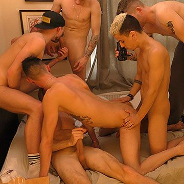 6 Men Bareback Orgy | Daily Dudes @ Dude Dump