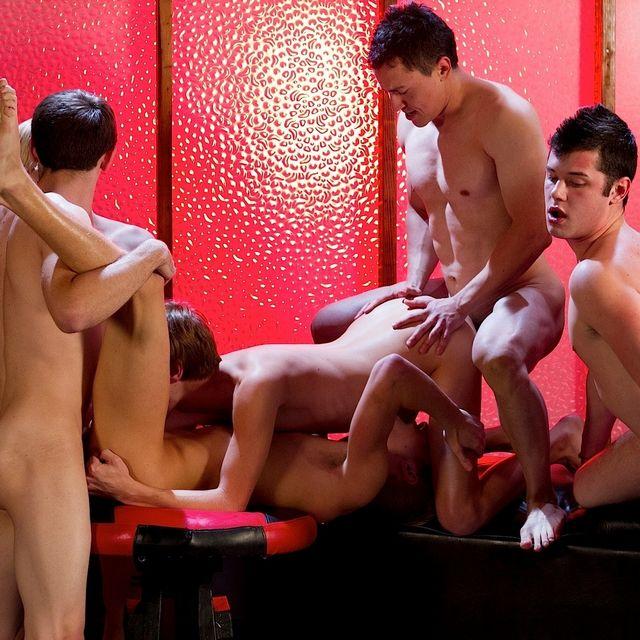 7 Guy Bareback Orgy | Daily Dudes @ Dude Dump