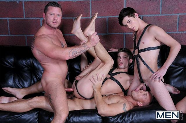 8-man orgy with double-fuck | Daily Dudes @ Dude Dump
