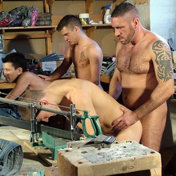 A Daddy and Three Boys In A Hot Fourgy! | Daily Dudes @ Dude Dump
