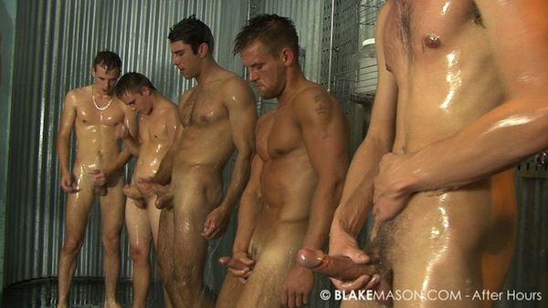 A horny locker room circle jerk! | Daily Dudes @ Dude Dump