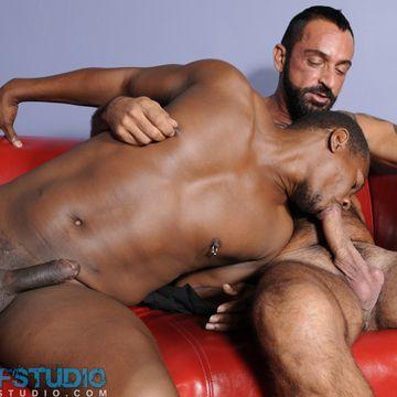 A Hot Gay Interracial Video – Tom Colt Fucks Lance | Daily Dudes @ Dude Dump