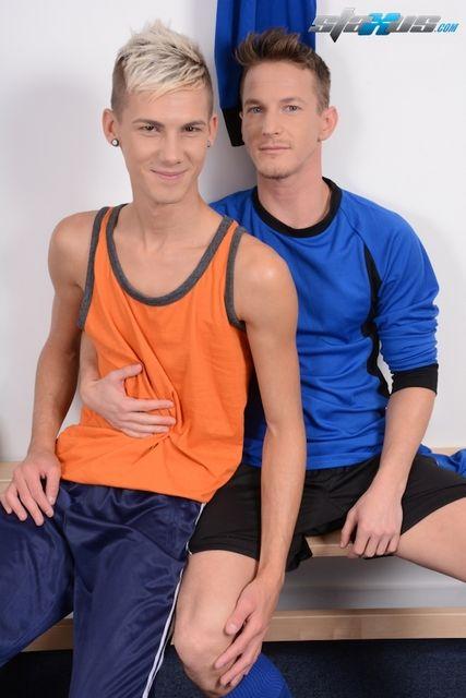 A hot gay locker room video – Darius Ferdynand   Daily Dudes @ Dude Dump