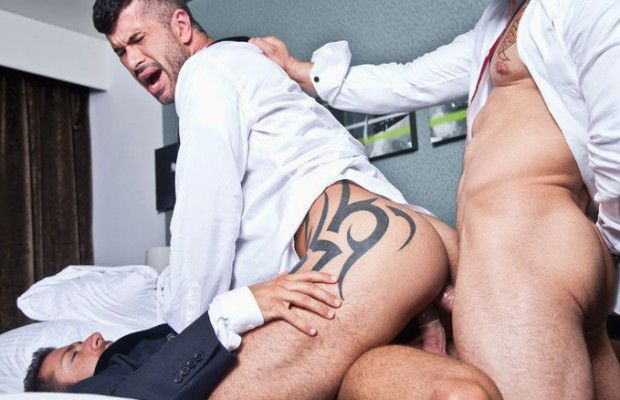 Adam Killian gets double-fucked | Daily Dudes @ Dude Dump