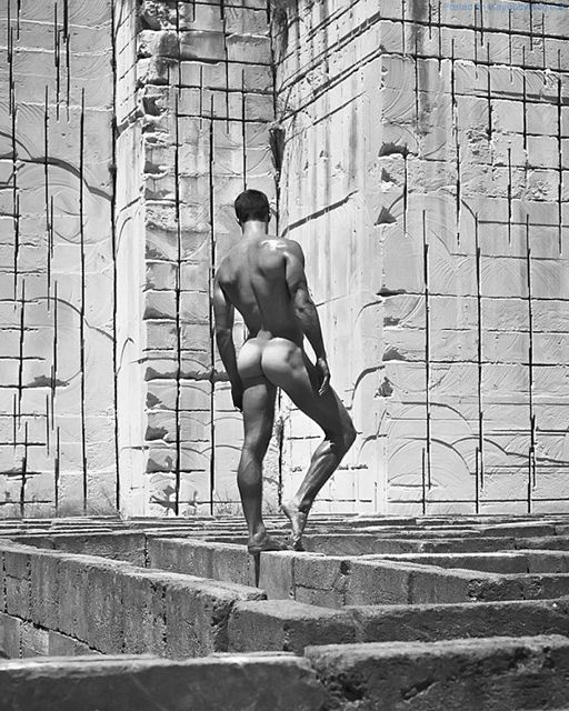 Amazing Images Of Sexy Men By Mariano Vivanco | Daily Dudes @ Dude Dump