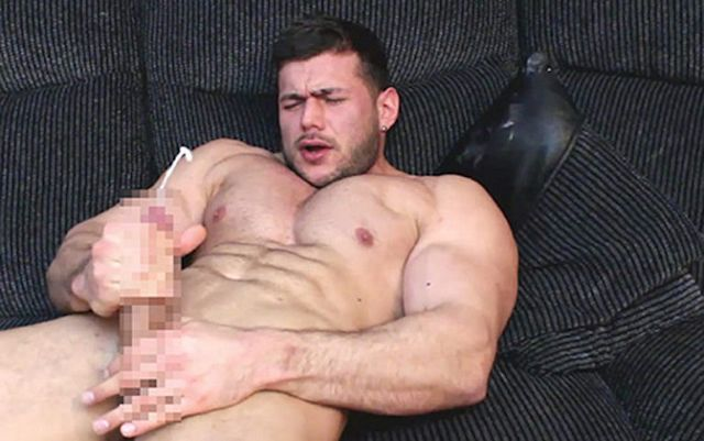 Another hot bodybuilder cum squirting video | Daily Dudes @ Dude Dump