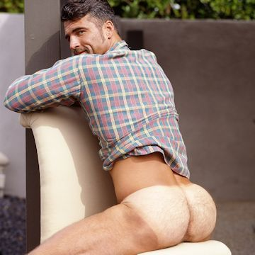 Anthony Page takes a seat | Daily Dudes @ Dude Dump