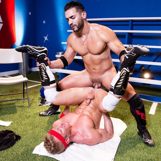 Arad Winwin fucks Johnny V | Daily Dudes @ Dude Dump