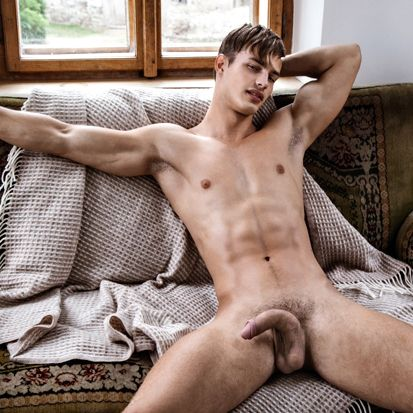 Art Collection with Hoyt Kogan at BelAmi Online | Daily Dudes @ Dude Dump