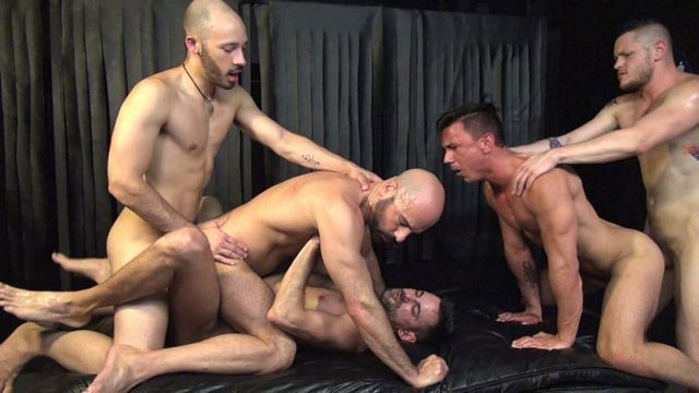 Bareback Orgy with double-fuck | Daily Dudes @ Dude Dump