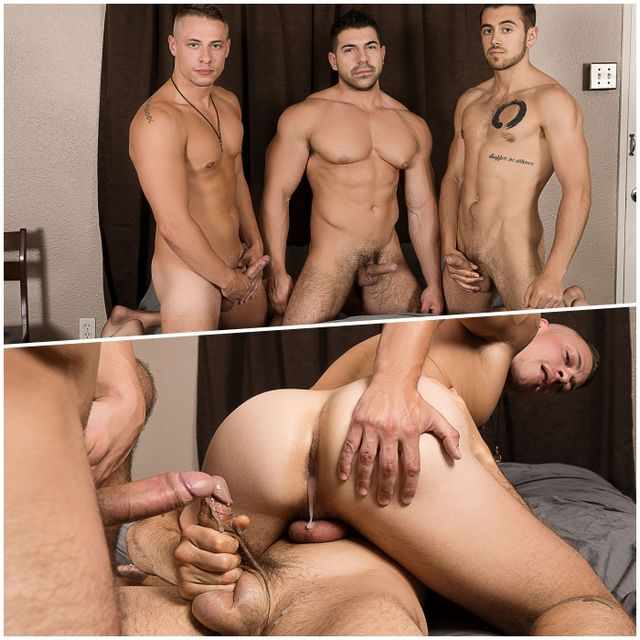 Bareback Threesome & Foursome | Daily Dudes @ Dude Dump