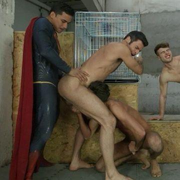 Batman v Superman XXX gang bang   Daily Dudes @ Dude Dump