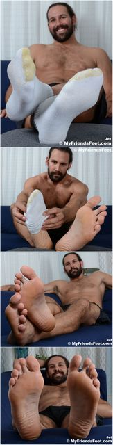 Bearded Hunk With Sexy Feet | Daily Dudes @ Dude Dump