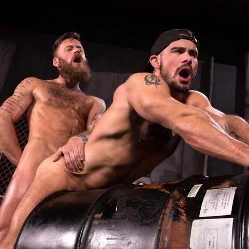 Bearded Stud Hoytt Walker Drills Aarin Asker | Daily Dudes @ Dude Dump