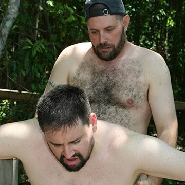 Bears Fuck in the Woods | Daily Dudes @ Dude Dump