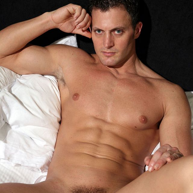 Bedroom eyes — Michael Anthony | Daily Dudes @ Dude Dump