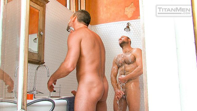 Beefy Hairy top Tom Wolfe fucks Will Swagger | Daily Dudes @ Dude Dump