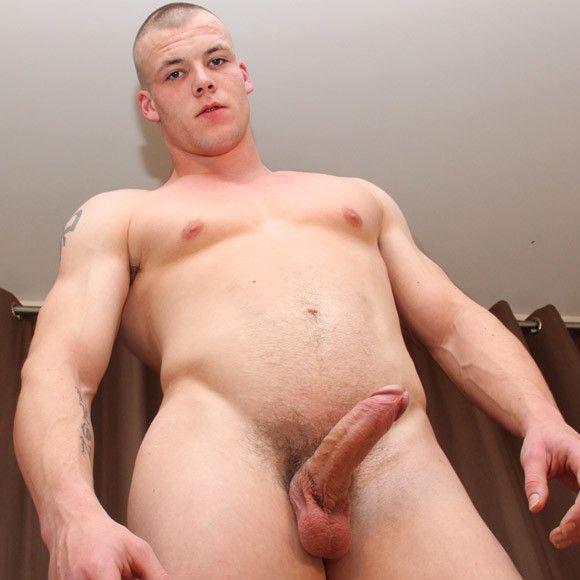 Big British Muscle Dude | Daily Dudes @ Dude Dump