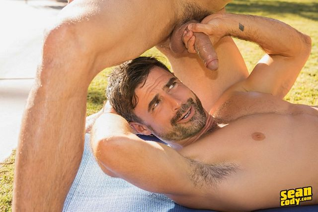 Big-dicked Randy raw-fucks daddy Daniel! | Daily Dudes @ Dude Dump