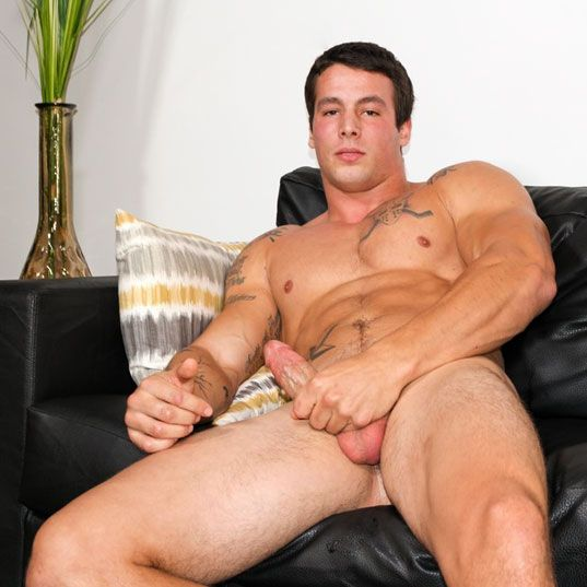 Big muscle stud Ty solo | Daily Dudes @ Dude Dump