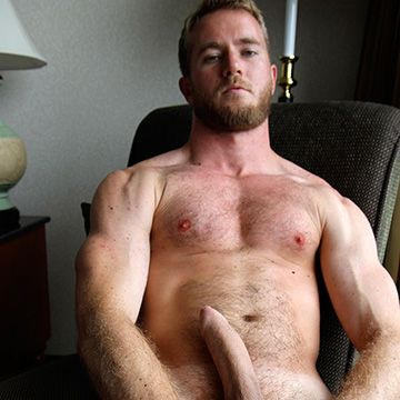 Blond Hairy Guy | Daily Dudes @ Dude Dump