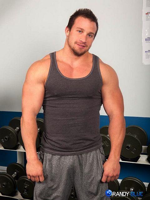 Bodybuilder Hunter Manning Jerking Off   Daily Dudes @ Dude Dump