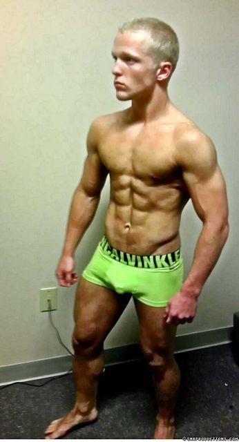 Bodybuilding Cam Boy Neko   Sexy Muscle Guys   Daily Dudes @ Dude Dump