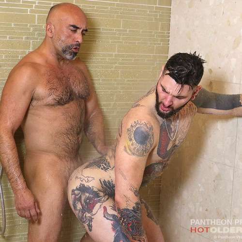 Brian Davilla Fucks Teddy Bryce Raw | Daily Dudes @ Dude Dump