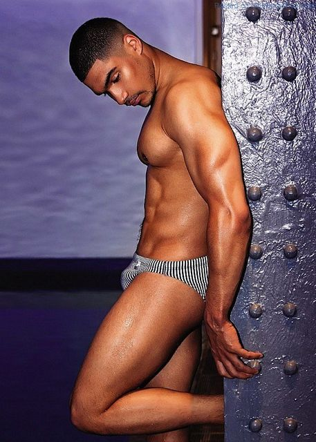 British Olympic Gymnast Louis Smith | Daily Dudes @ Dude Dump
