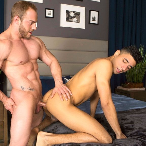 Brock barebacks Joe | Daily Dudes @ Dude Dump