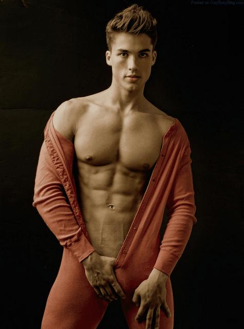 Buff Jock Justas Jes Has Lots Of Bulges | Daily Dudes @ Dude Dump