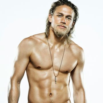 Charlie Hunnam is a total stud… See for yourself | Daily Dudes @ Dude Dump