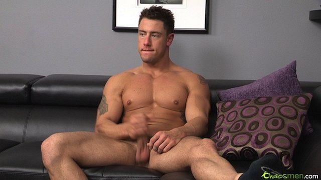Check out the muscle cock on straight Roy! | Daily Dudes @ Dude Dump