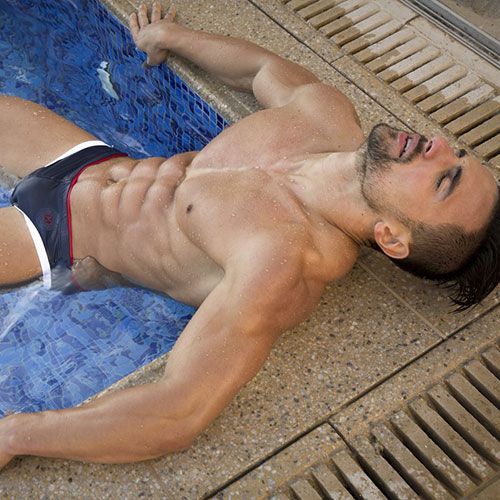 Chilling in Speedos | Daily Dudes @ Dude Dump