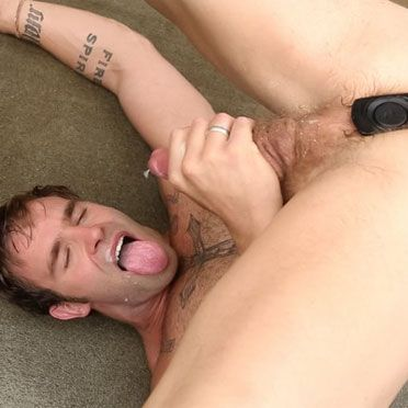 Christian Cayden cums in his face | Daily Dudes @ Dude Dump