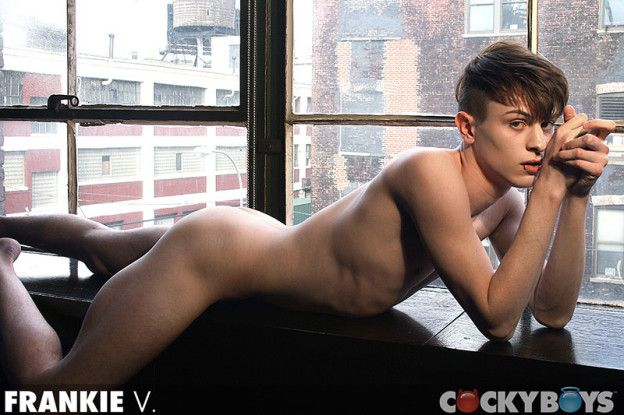 Cockyboys – Frankie V's 1st time in NYC | Best Ga | Daily Dudes @ Dude Dump
