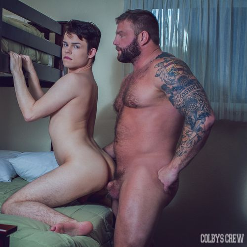 Colby Jansen, Beefy Daddy Fucks Horny Twink | Daily Dudes @ Dude Dump