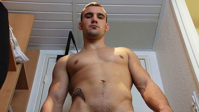 Cute hetero soccer player Leo bust a nut! | Daily Dudes @ Dude Dump